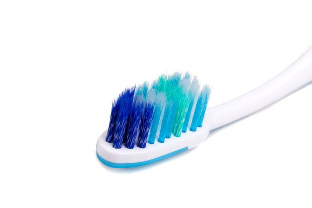 Fun Things You Can Use Old Toothbrushes For